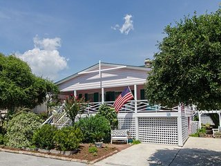 Classic single family cottage with just a short stroll to the beach