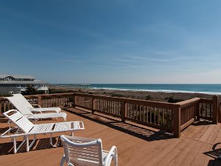 North end oceanfront duplex with upper deck for tanning and relaxing