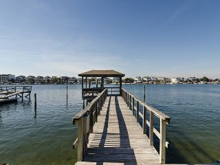 Newly renovated soundfront town home with boat slip