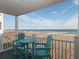 Recently updated oceanfront condo only a short stroll to the boardwalk