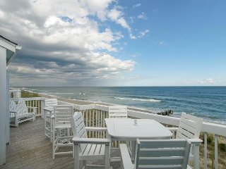 Upscale, top floor condo with beautiful views of the Atlantic