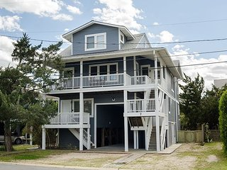 Wonderful vacation home located at the heart of Wrightsville Beach