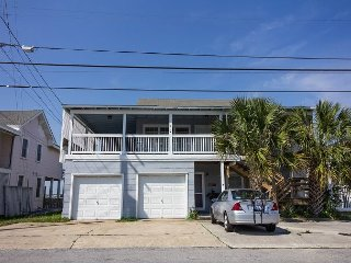 Sound front duplex with major updates for 2016 and a boat slip!