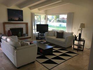 DeAnza Country Club restored mid-century modern home