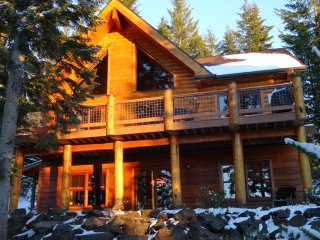 Luxury Log Cabin nr Crescent Lake & Crater Lake National Park