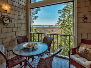 Enjoy Peaceful Bay Views in this Perfect Family Vacation Condo, Includes 6-Passe