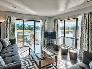 Spacious Condo With Lake Views At Harbour Point Includes Golf Cart Pool/Beach