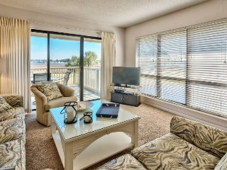 2 Bedroom Bayside Vacation Condo at Sandestin Golf and Beach Resort, Golf Cart I