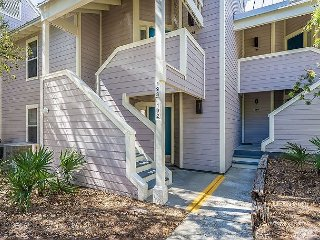 BEACH COTTAGE 193 OPEN 3/17-23 NOW ONLY $1495 TOTAL! CLOSE TO BEACH/POOL!