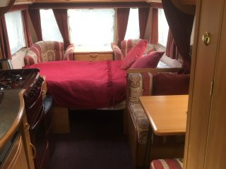 Cosy Oban caravan hideaway peaceful yet central less than 10 minute walk centre