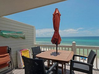 OPEN 3/11-18 ONLY $2500 TOTAL!! BEACHFRONT! UPGRADES!CALL NOW!!!