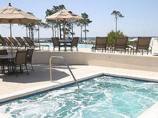 FALL SPECIAL! 3 NITE STAYS $799 TOTAL! RESTRICTIONS APPLY. FREE BEACH SVC!