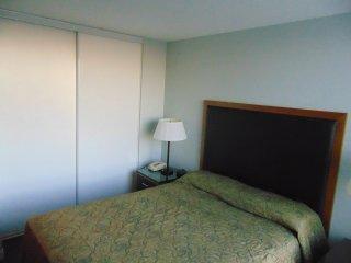 Vacation Rental 1 Bedroom Suite in North York - 2211