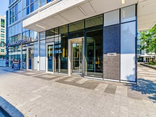 Luxury 2 bed 2 bath by Union/MTCC - High Floor!