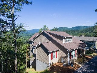 Almost Bearadise | Brand New 5 Bedroom Home with VIEWS