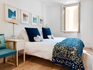 La Conne-de-Bergerac Villa Sleeps 4 with Pool - 5404948