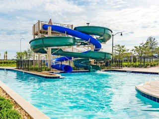 NEW LUXURY Storey Lake Resort Town Home Near Disney KISSIMMEE/ ORLANDO - 5BR/4BA