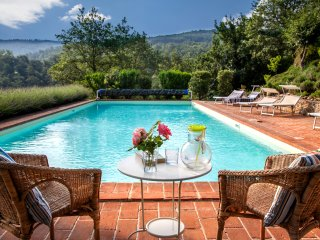 Stunning Views, very Large Saline Heated Pool
