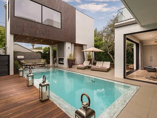 Melrose Modern Compound