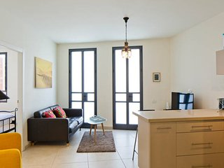 The Luxury Boutique Home in Old Jaffa 2BR Tel-Aviv