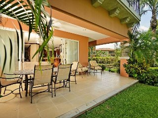 Spectacular Sunset View Condo at Los Sueños w/large garden