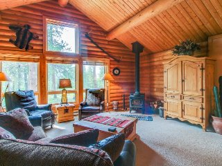 Cozy log home in the woods w/ views & easy access to the slopes and hiking!