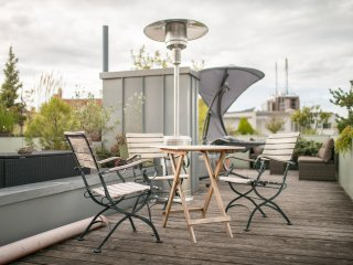 THE ROOF Penthouse