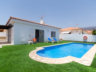 Beautiful 3 Bedroom Villa. Private Heated Pool. WiFi. Callao Salvaje |S7314922|