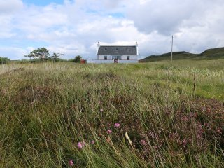 Tigh Anndra, perfect for couples on the Trotternish peninsula!
