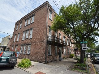 """Colonial Quarters Condo"" 1 BEDROOM CHARMER! SVR00913"