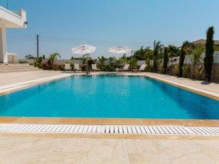 Cyprus In The Sun Grecian Villas 2 Platinum