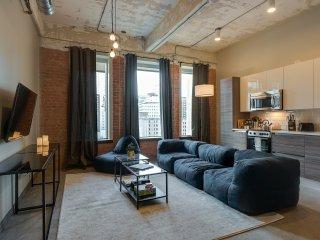 Comfy 1BR DT Urban Living
