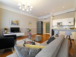 Markiz Royal Apartment 4* - NEW, superb, historical, city center, free wifi, A/C