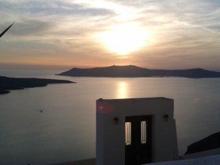 Villa Fira Santorini - Akron Cliff Suite