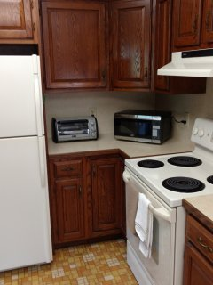 Kitchen microwave and toaster
