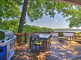 Lakefront Sunrise Beach House w/ Dock & Fire Pit!