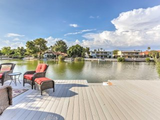 NEW! Lakefront 3BR Tempe House w/Sun Deck & Hot Tub