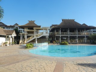 One Oasis Condo Rental - Davao - 2BR WiFi Cable - Open Balcony and Parking Bay