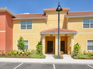 Paradise Palms Resort - 4BD/3BA Town House - Sleeps 8 - Platinum