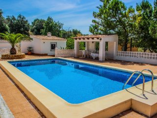 Finca Alhambra - spacious and characterful property in Benissa