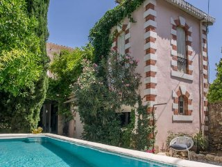 French villa holidays with pool in Languedoc