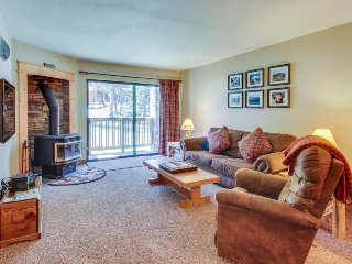 Cozy retreat w/ patio, shared pool, hot tubs - near skiing, golf, and more!