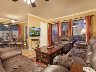 Old Town Scottsdale Condo Near Spring Training with Washer, Dryer and Wi-Fi