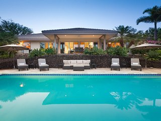 Stunning Ocean Views, Amazing Sunsets, Pool & Hot Tub, Luxury Estate