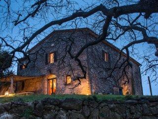 Camera matrimoniale in spazioso casale in Maremma Toscana