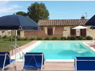 Il Villino di Cortona (private property, private pool, wi-fi, air conditioning)