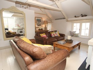 The Moorings,cul-de-sac beach front property Hope Cove, 3 beds all en-suite,
