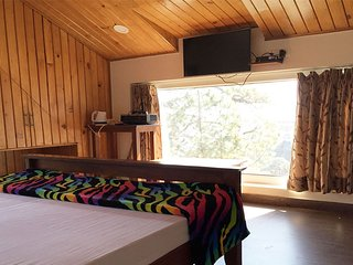 Deluxe Cottage Room 2