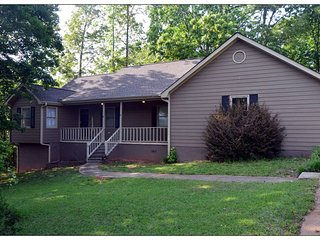 Charming Home w/Apt Metro Atlanta