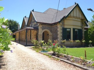 Barossa Dreams - formerly Paranook House Barossa Valley Dreams Home - 1 night